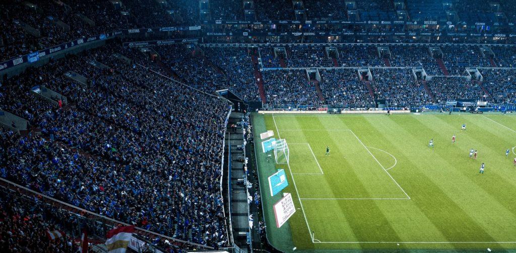 Memilih turnamen sepak bola